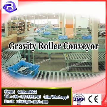 Gravity roller conveyor line with industrial manual / powered